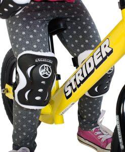 Strider-Knee-and-Elbow-Pad-Set-Black-B00766HCUM-2